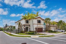 10012 NW 87th Ter, Doral, FL, 33178 - MLS A10663432